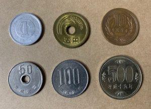 金メッキ前の硬貨