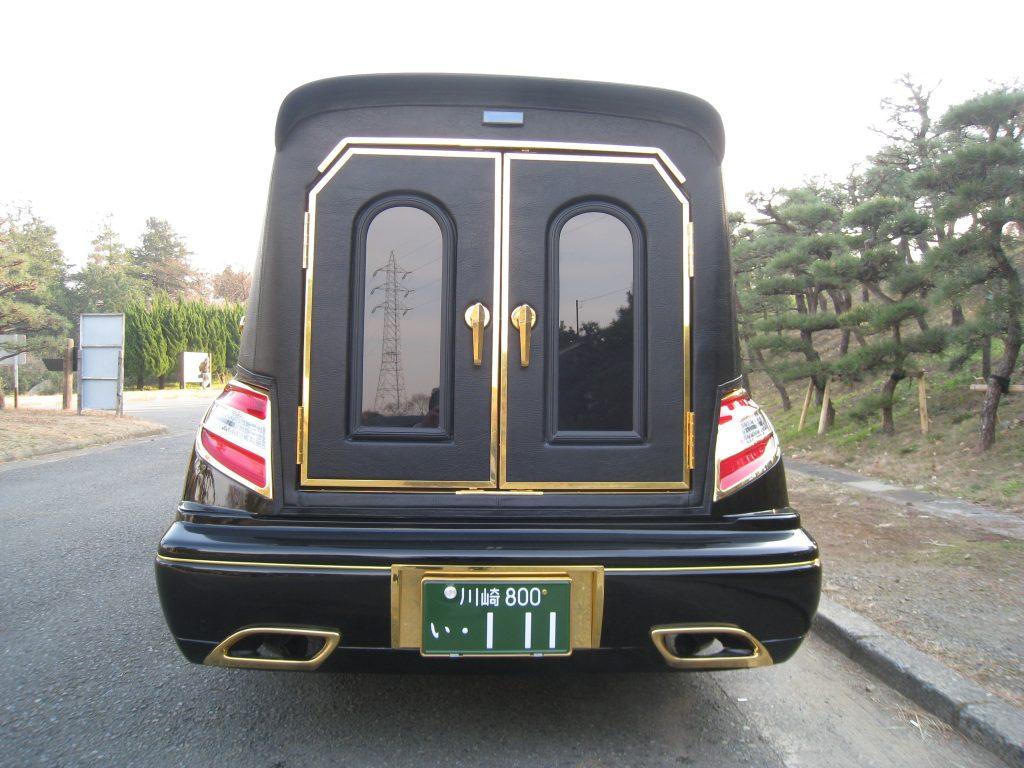 金メッキ霊柩車3